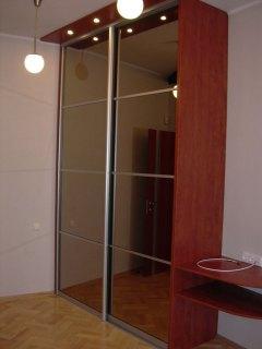 Фасади шафи – дзеркало «бронза»