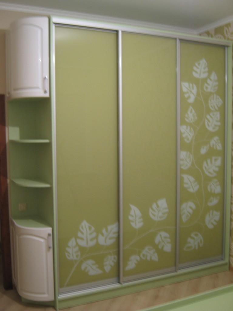 Рисунок дверей шкафа