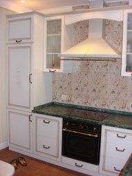 Белая кухня в стиле «Прованс»